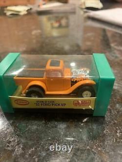 Aurora T-jet'very Rare' Orange 32 Ford Pick-up Truck #1421 Slimline Chassis