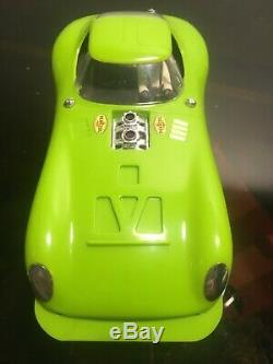 COX CHEETAHRACHA Iso-Fulcrum Chassis 16D Lime green Vintage slot car 1/24