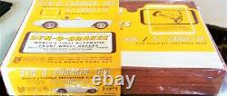 MPC 1/24 1/25 DYN O CHARGER 1957 CORVETTE SLOT CAR KIT WithCHASSIS BOX INS COX AMT