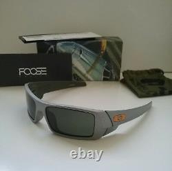 New OAKLEY GASCAN CHIP FOOSE P-32 FRAME / DARK GREY RARE Sunglasses juliet romeo