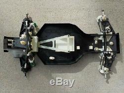 Nice 1994 Team Associated RC10 World's Car Slider Chassis withNew JC Detonator Bod