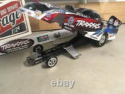 Traxxas 6995 Funny Car Display Chassis and Body 6911x