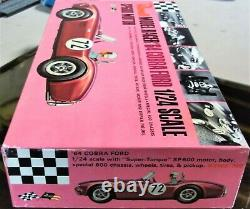 Revell Vintage 1/24 1/25 Nouvelle Ford Cobra Slot Car Chassis Box 1964 + Cox Amt